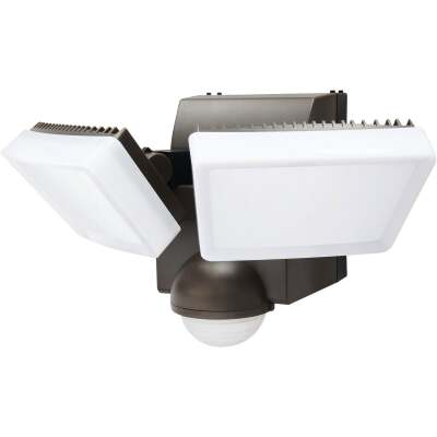 IQ America Bronze 800 Lm. LED Motion Sensing Battery Operated 2-Head Security Light Fixture